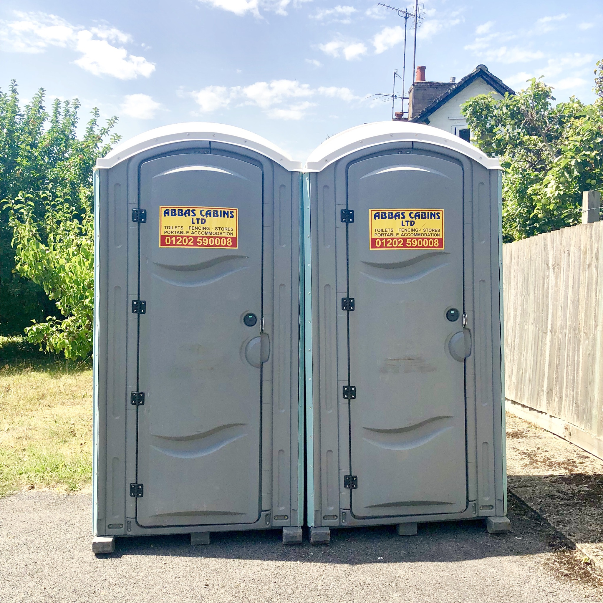 EXTENSION TOILETS